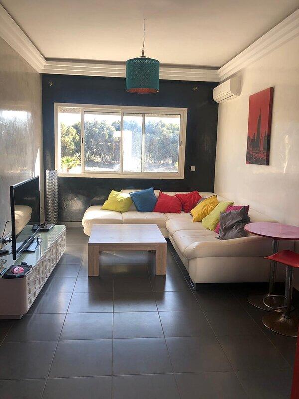 Résidence la Perla Saidia 40m² avec piscine, holiday rental in Maghnia