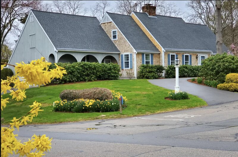 Cape Cod - Falmouth - Cape House - Short walk to Private Beach and Wood Neck, holiday rental in Woods Hole