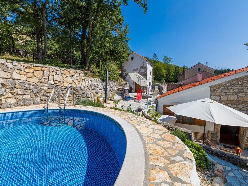 House VILLA NINA, aluguéis de temporada em Tribalj