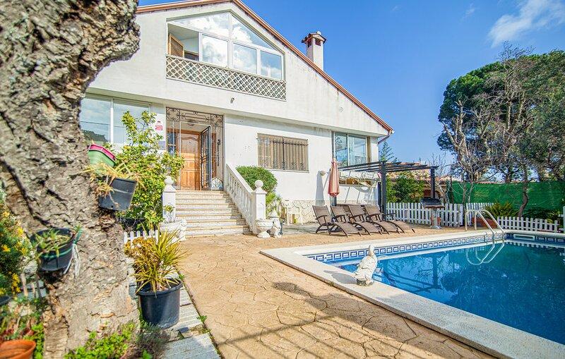 Espectacular villa+piscina privada, SANTA CRISTINA DE ARO (Costa Brava) 8 pers., holiday rental in Cassa de la Selva