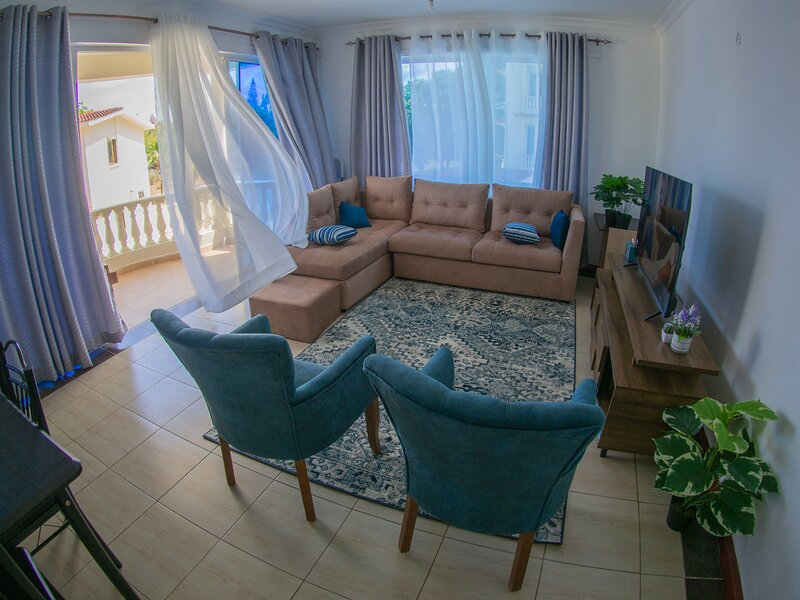 2 Bedroom Serviced Apartments, Nyali, vacation rental in Bamburi