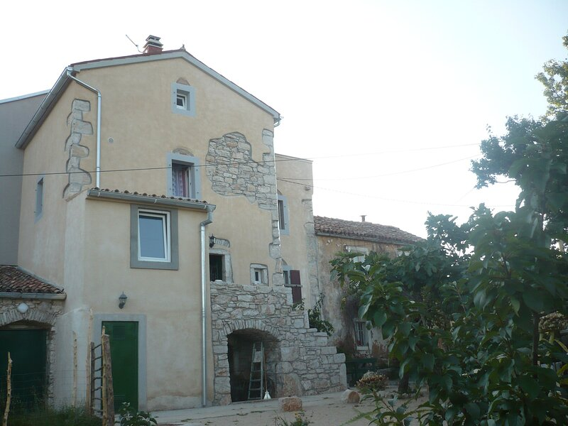 House Dragica, holiday rental in Valun