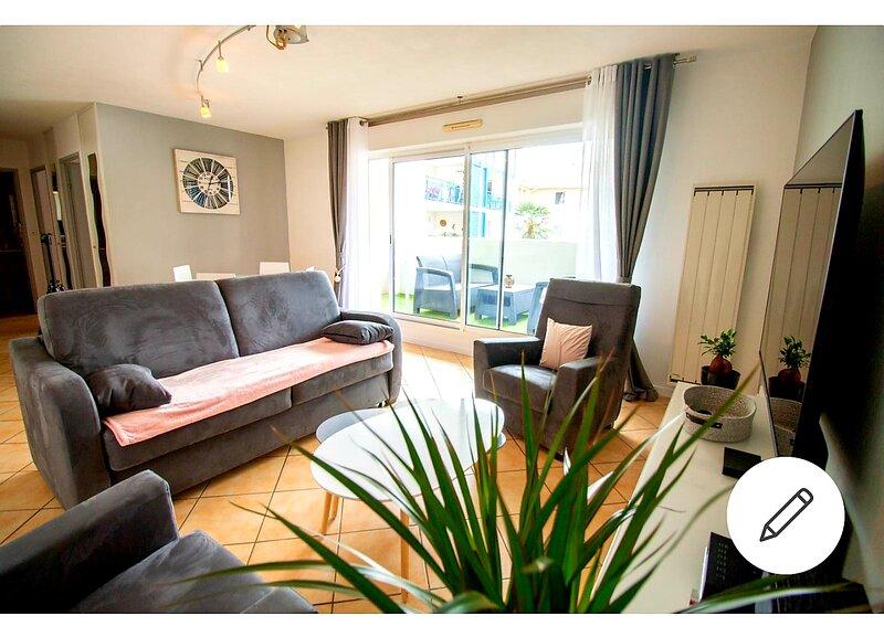Superbe T2 terrasse & parking, location de vacances à Lahonce