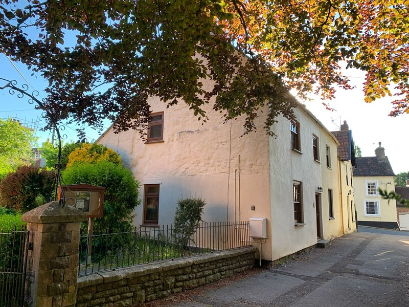 Redwood Cottage, Blagdon, holiday rental in Congresbury