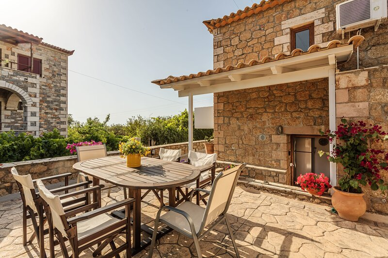 Mani's Aura Seaside-Panoramic View Gem, holiday rental in Limeni