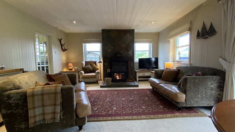 Strathlachlan Lodge 4Star Quality Country House, holiday rental in Glendaruel