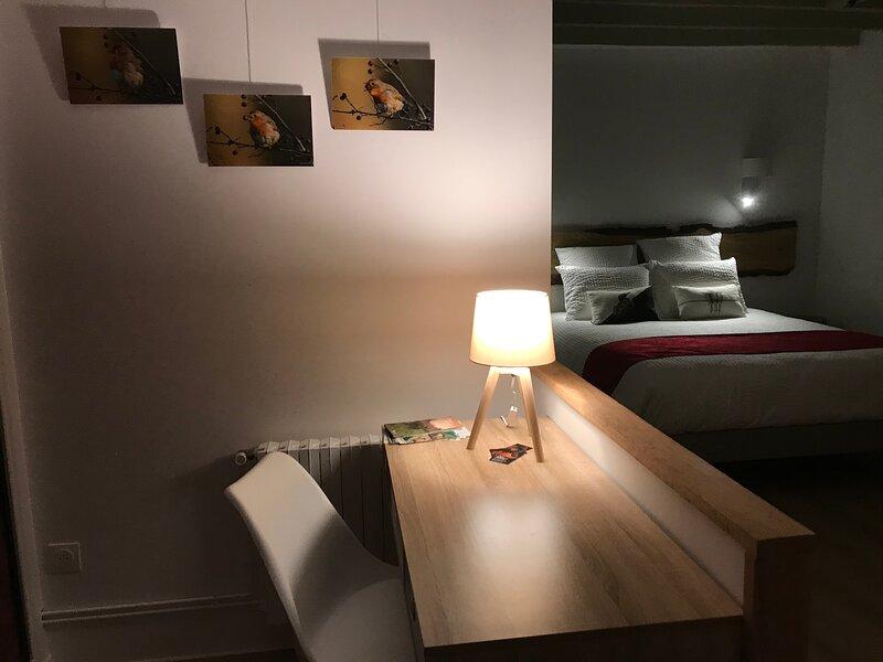 A la Ferme Boisquillon, Chambre Etang au coeur de la Sologne, holiday rental in La Ferte-Beauharnais