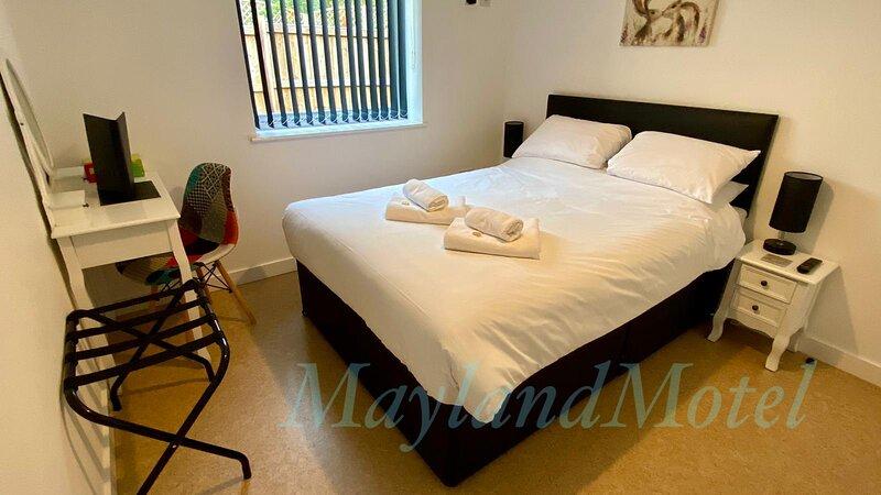 Mayland Motel - 2 Bedroom Family Room (7), holiday rental in Maldon