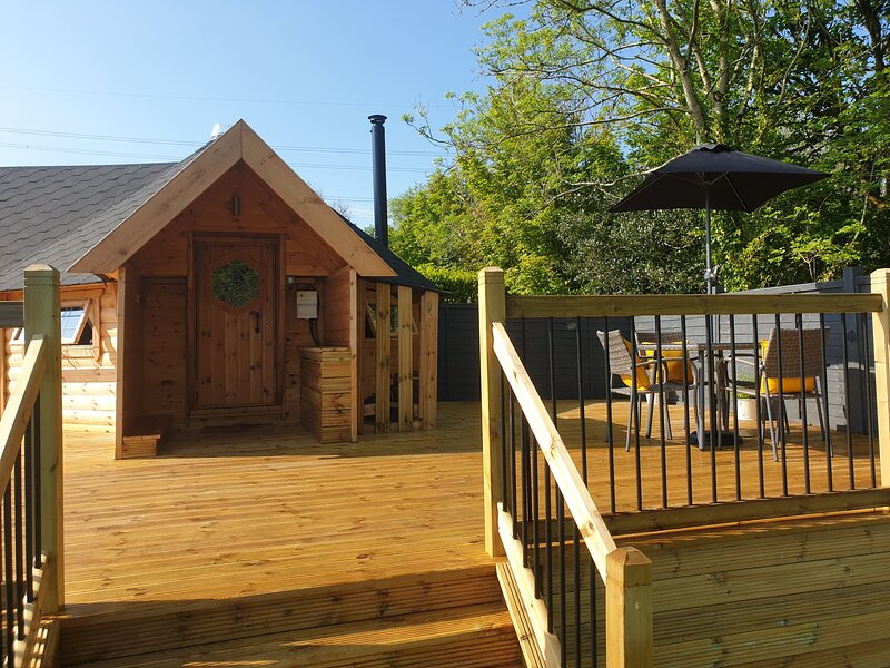 The Hive -  Ludchurch, Narberth, Pembrokeshire, holiday rental in Llanteg