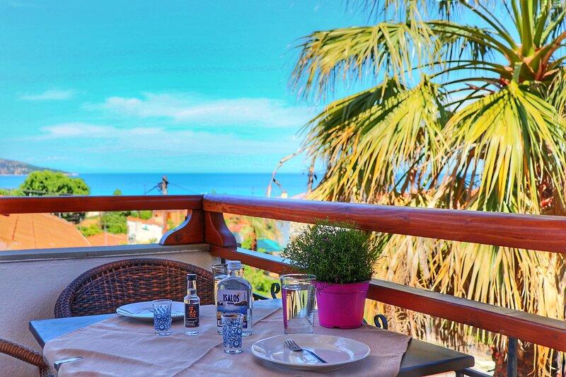 Nama Apartments - Beautiful Apartment near the beach, holiday rental in Kinyra