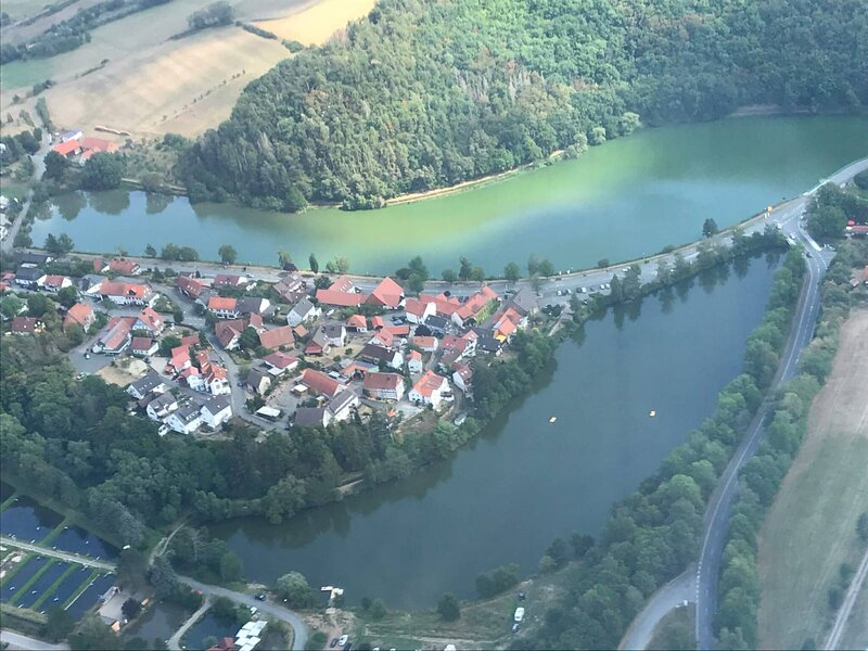 House at the lake Edersee, private room with bath 1, location de vacances à Twistetal