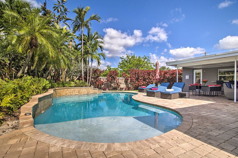 Ground-Level Wilton Manors Home w/ Outdoor Oasis!, holiday rental in Lauderhill