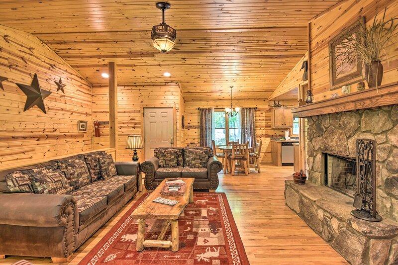 NEW! Sautee Mountain Retreat 'The Highline' Cabin!, vacation rental in Clarkesville