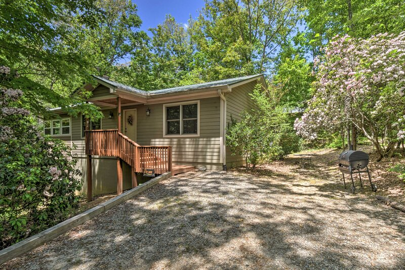 NEW! 'The Round About' at Sautee Mountain Retreat!, vacation rental in Clarkesville