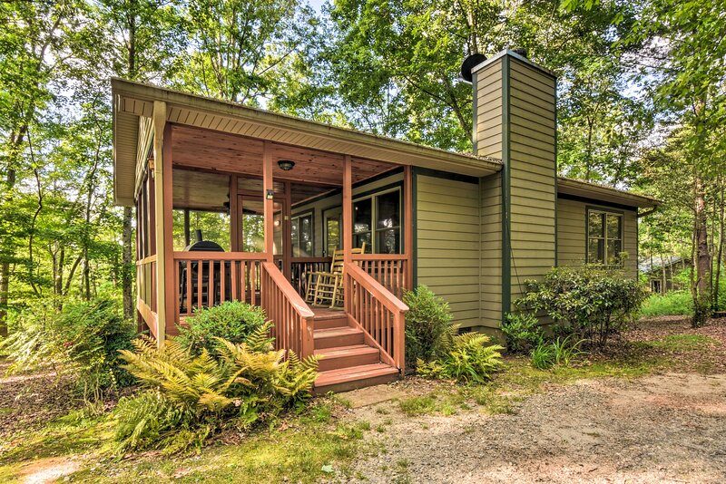 NEW! 'The Get Away' at the Sautee Mountain Retreat, vacation rental in Clarkesville