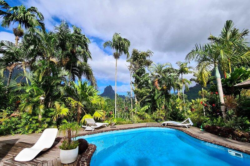 Villa Jomana, location de vacances à Cook's  Bay