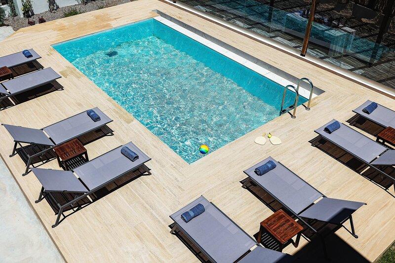 Kipos Apartments - Diosmos, holiday rental in Apolakkia