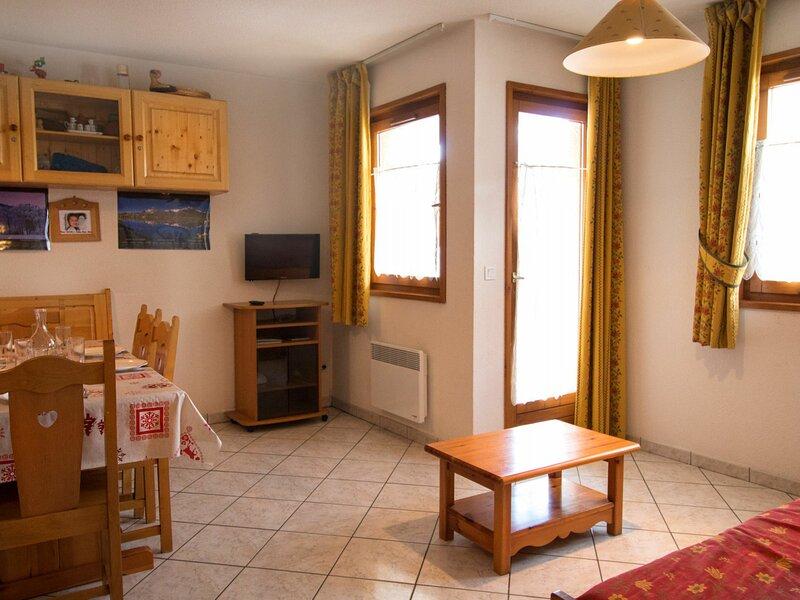 COM301M :Appartement dans quartier calme proche des navettes gratuites et de la, casa vacanza a Bramans