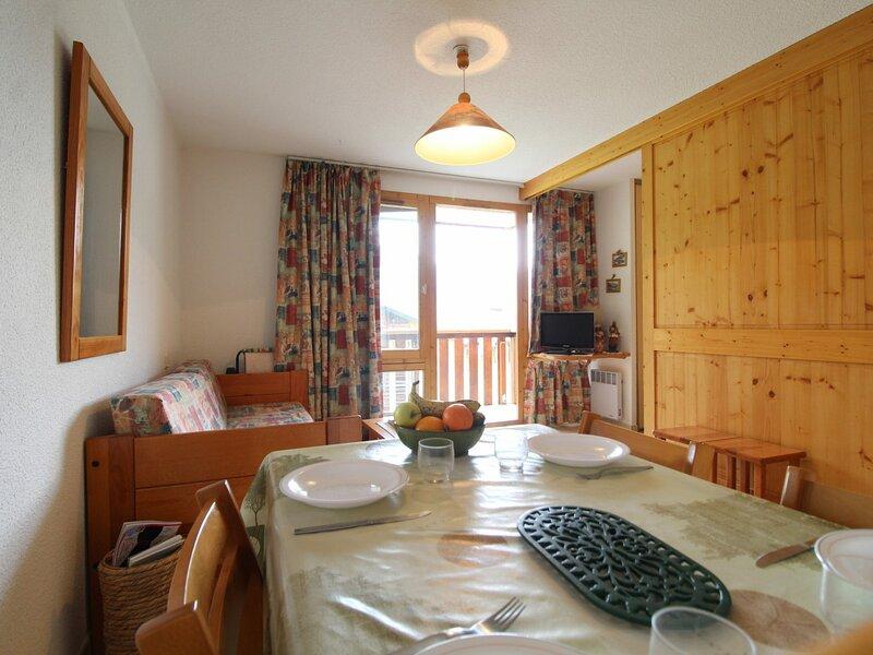 PMB022 Appartement 4 pers au pied des pistes avec belle vue montagne, holiday rental in Termignon