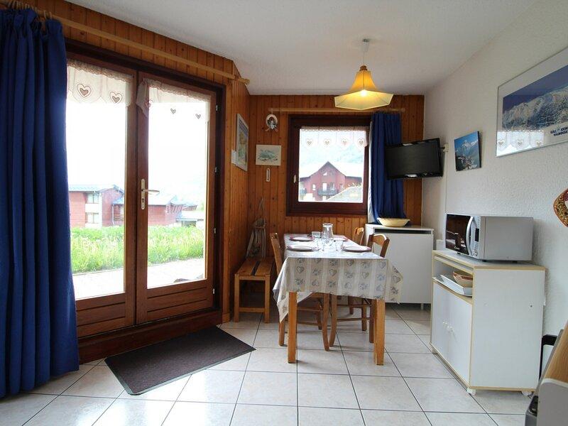 PBC001 Appartement 4 personnes dans quartier Val Cenis Le Haut, vacation rental in Bessans