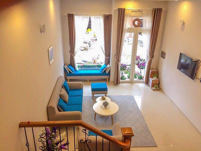 JOLIE HOUSE - Villa 2 Double Rooms - Great Getaway, location de vacances à Da Lat