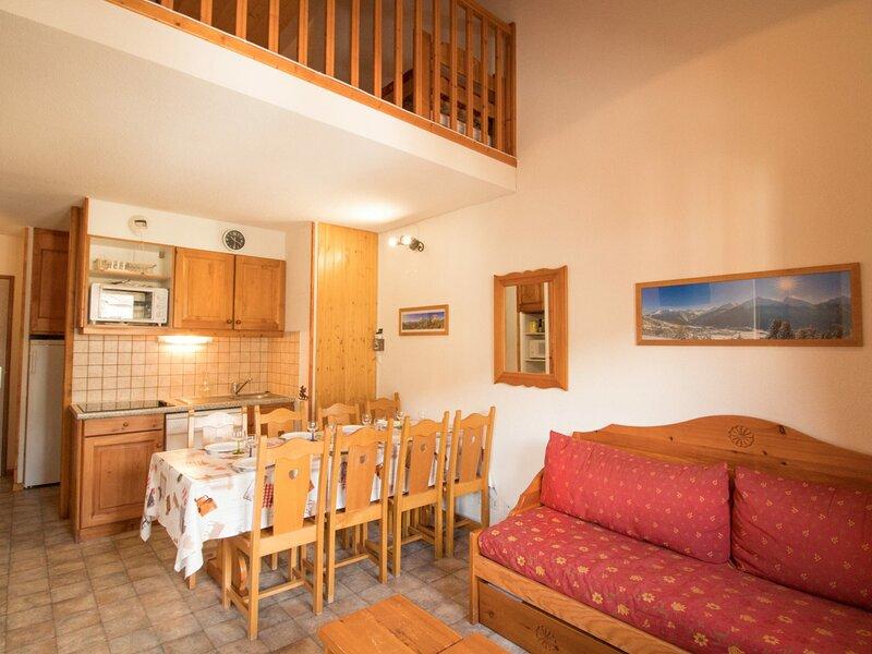 COM337M :Appartement dans quartier calme proche des navettes gratuites et de la, casa vacanza a Bramans