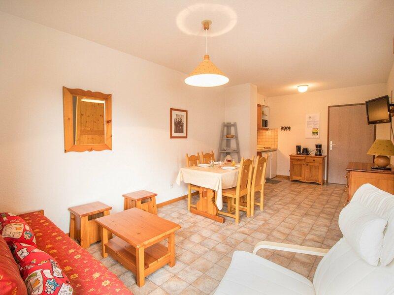 COM312 : Appartement dans quartier calme proche des navettes gratuites et de la, casa vacanza a Bramans