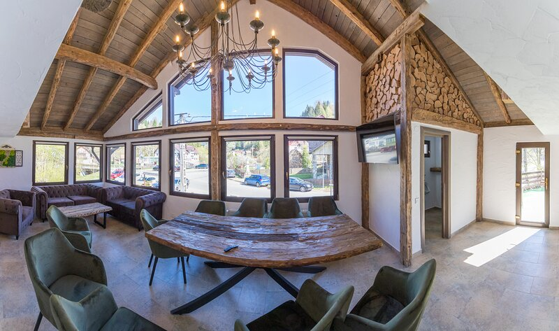 Ranger Chalet - Great base for outdoors, holiday rental in Brasov County