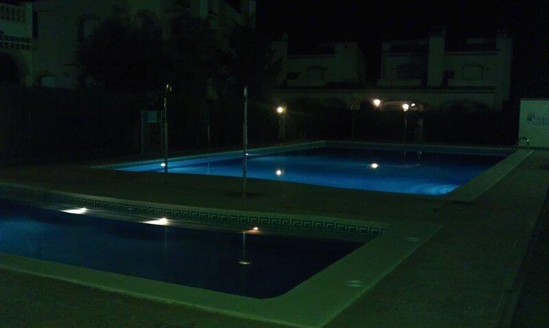 Amazing villa with shared pool, location de vacances à Masriudoms