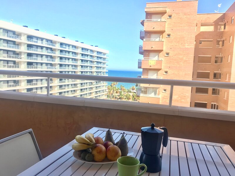 Bonito apartamento con vistas al mar!, holiday rental in Oropesa Del Mar
