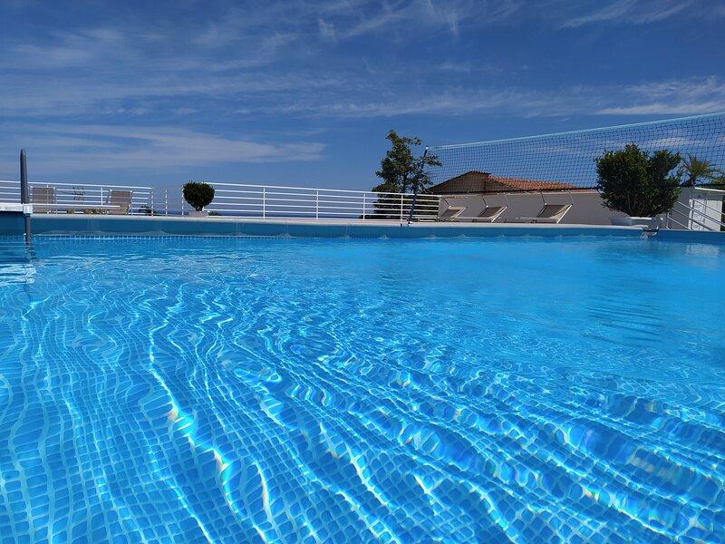 CASE COTTONE VISTA MARE E PISCINA, holiday rental in Balestrate