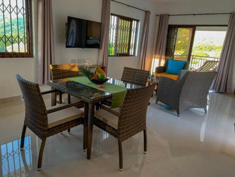 Beautiful 2-Bed Villa in Mahe, Seychelles, holiday rental in Bel Ombre