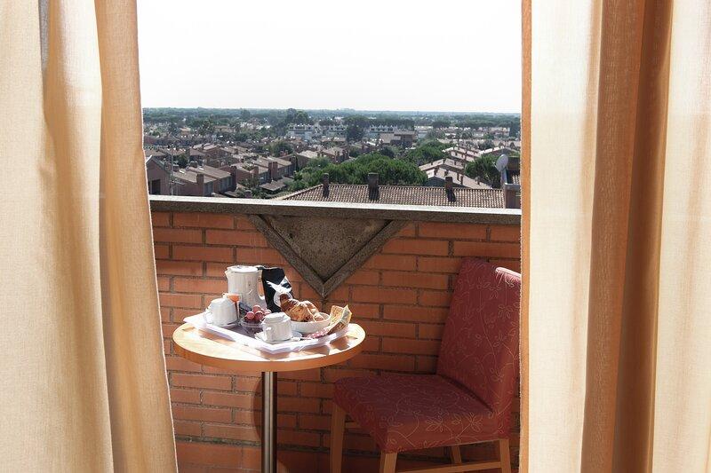 Rome area Residence I Triangoli Nice Cozy Studio Apartment, holiday rental in Acilia