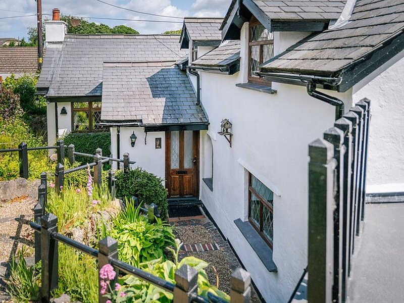 Keepers Cottage, Red Wharf Bay, holiday rental in Llanbedrgoch