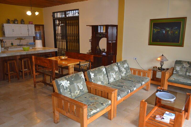 Holiday Home - Casa Vacacional Harmony, vacation rental in Tungurahua Province