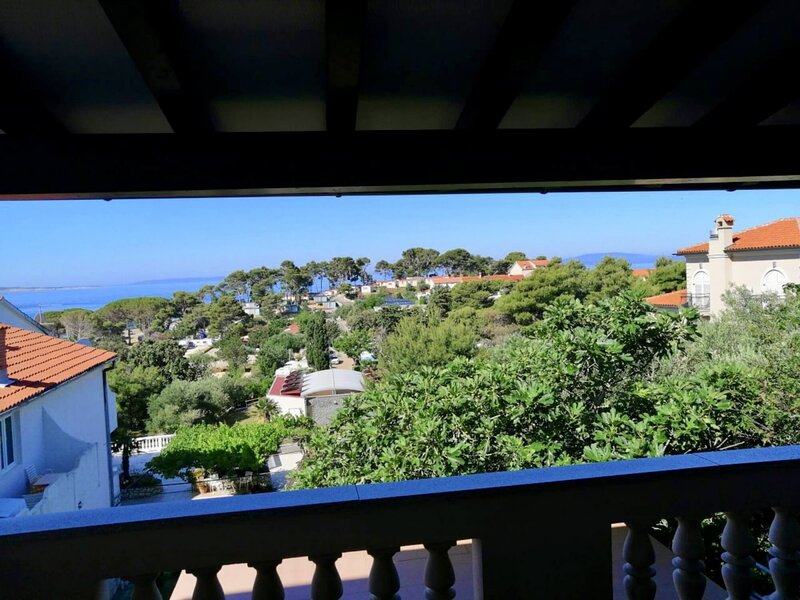 Apartment 605-2 for 4 Pers. in Banjol, holiday rental in Banjol