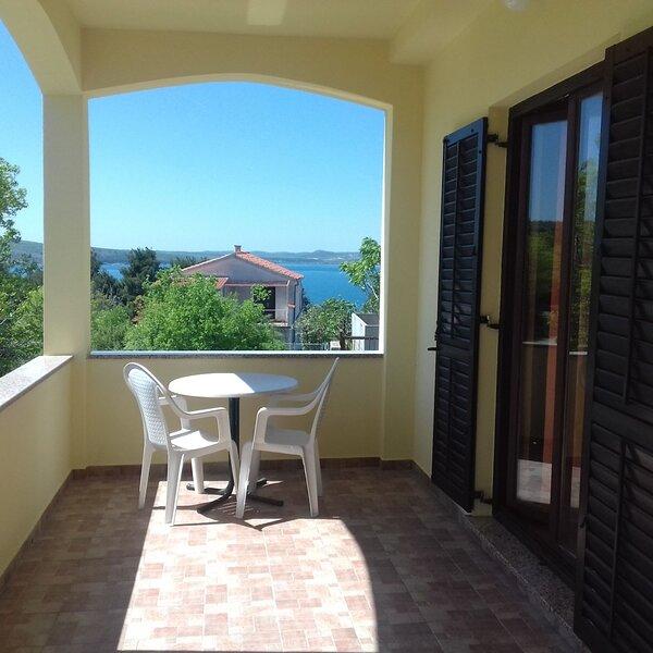 Apartment 4985-1 for 4 Pers. in Novigrad (Zadar), casa vacanza a Novigrad
