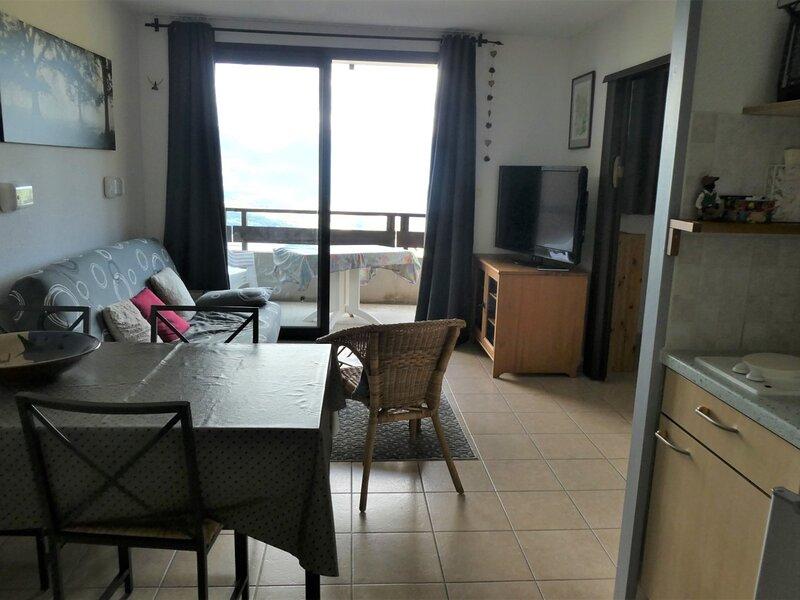 Studio 2/4 personnes exposé Sud dans résidence récente Gardette B1 Réallon, alquiler de vacaciones en Reallon