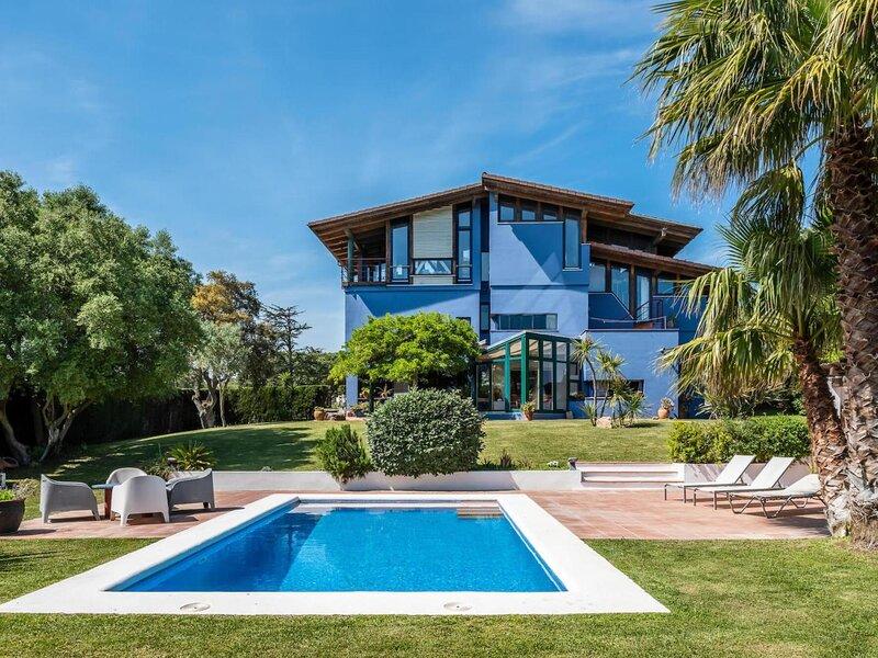 Villa Chocolat by Costabravaway, holiday rental in Mont-ras
