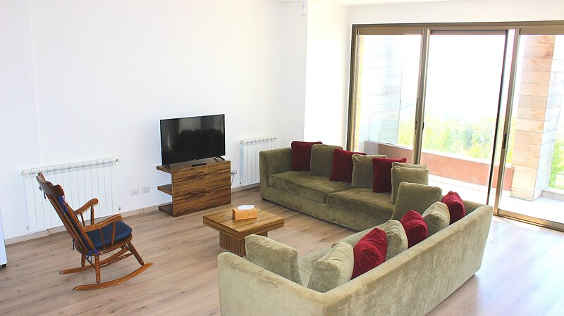 Courchevel - 2bdr in Faqra with Pool Access - by Cheez Hospitality, holiday rental in Kfardebian