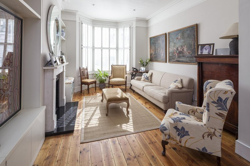Winchendon Road by onefinestay, vacation rental in Hounslow