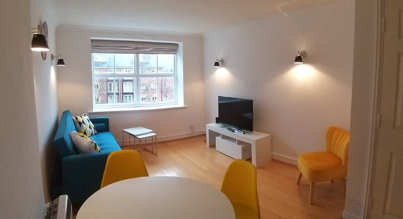 BookedUK: Stylish Apartment in a central location, holiday rental in Bishops Stortford