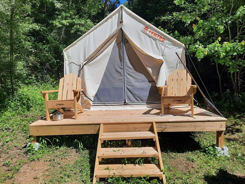 Tentrr Signature Site - Hiwassee Hideout, vacation rental in Coker Creek