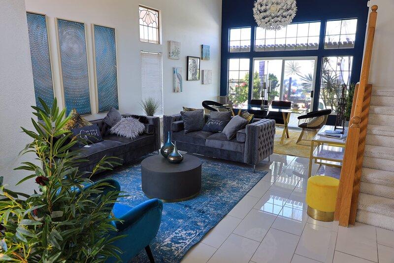 Luxury Modern Style Home Near Disneyland/ Free Parking, location de vacances à Hacienda Heights