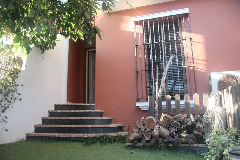 Unifamiliar zona tranquila cerca de playa virgen y parque natural, alquiler vacacional en San Fernando