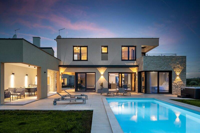 Beautiful Villa Estate, holiday rental in Verteneglio
