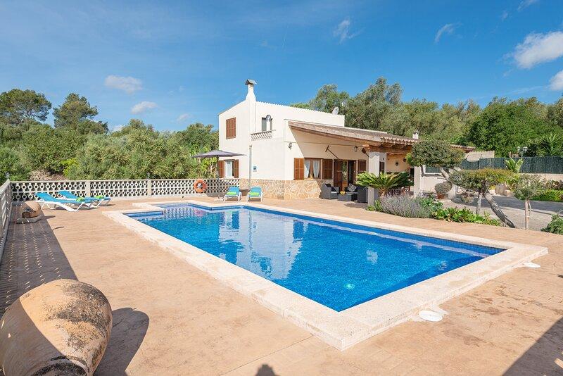 VISTA SOL - Villa for 4 people in Ariany, holiday rental in Maria de la Salut