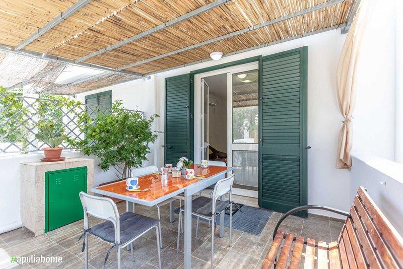 Appartamento Violetta a Mancaversa, su 2 piani, holiday rental in Pizzo