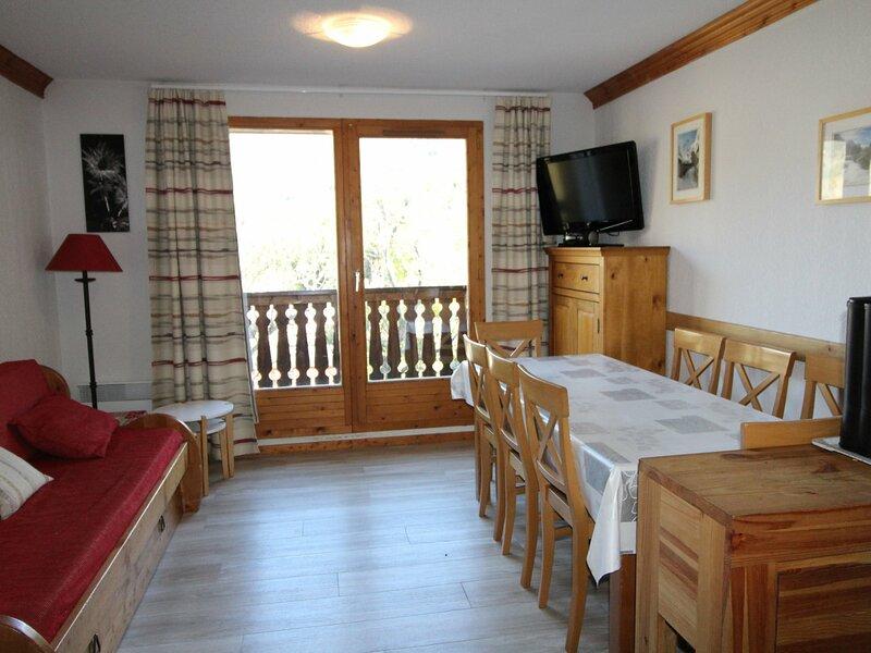 VALG33 Appartement pour 8 personnes - résidence avec piscine, alquiler de vacaciones en Val-Cenis
