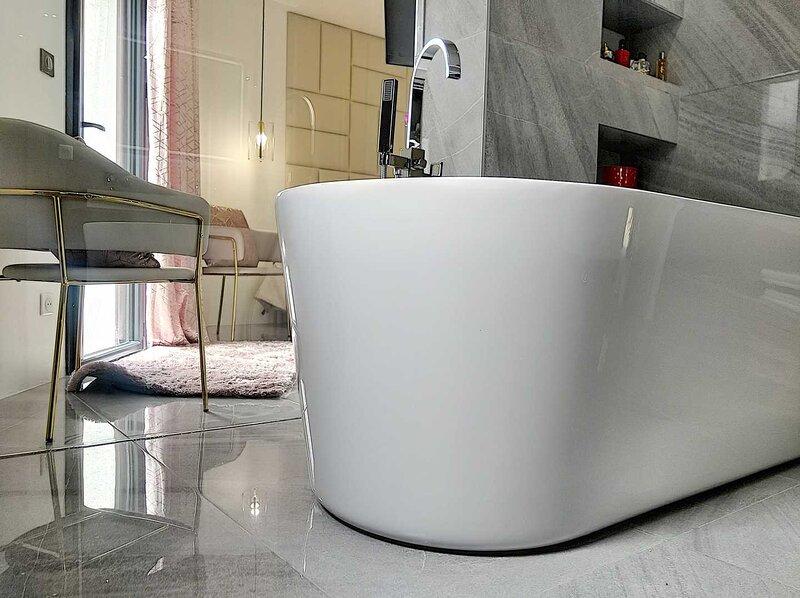 Villa contemporaine neuve avec piscine, holiday rental in Salon-de-Provence